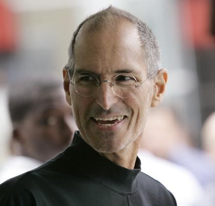 "Apple investor sues execs over illegal poaching deals, cites Jobs as ""walking antitrust violation"""